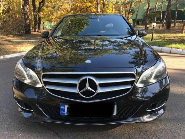 Черный Мерседес 200, объемом двигателя 2.14 л и пробегом 170 тыс. км за 25000 $, фото 1 на Automoto.ua