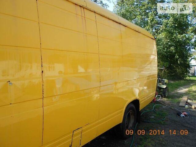 Оранжевый Мерседес 508 вант., об'ємом двигуна 3.8 л та пробігом 238 тис. км за 3500 $, фото 1 на Automoto.ua
