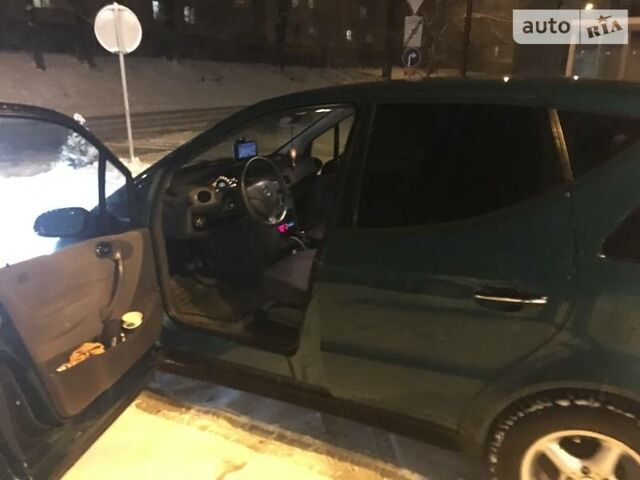 Зелений Мерседес А 170, об'ємом двигуна 1.4 л та пробігом 116 тис. км за 7400 $, фото 1 на Automoto.ua