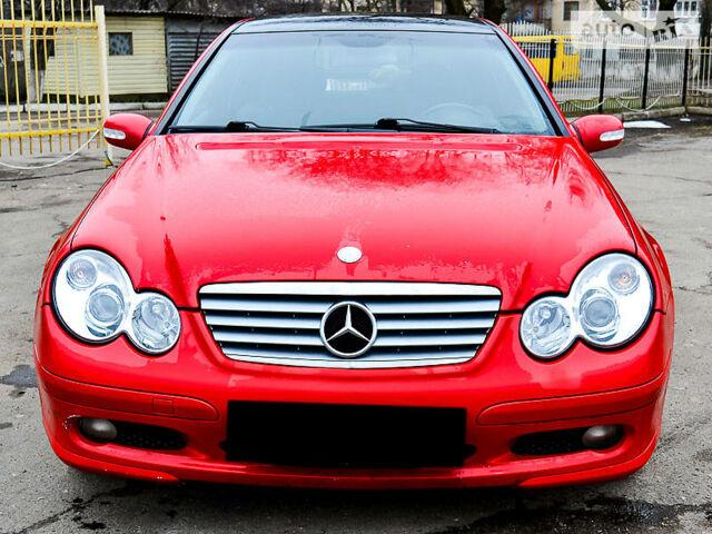 Червоний Мерседес ЦЛ 180, об'ємом двигуна 1.8 л та пробігом 201 тис. км за 8590 $, фото 1 на Automoto.ua