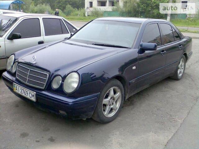 Мерседес E 200, об'ємом двигуна 2 л та пробігом 260 тис. км за 4575 $, фото 1 на Automoto.ua