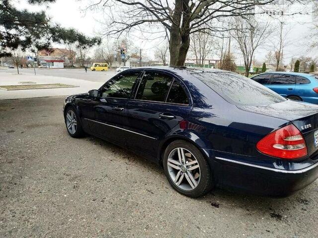 Синій Мерседес Е 270, об'ємом двигуна 2.7 л та пробігом 300 тис. км за 8100 $, фото 1 на Automoto.ua