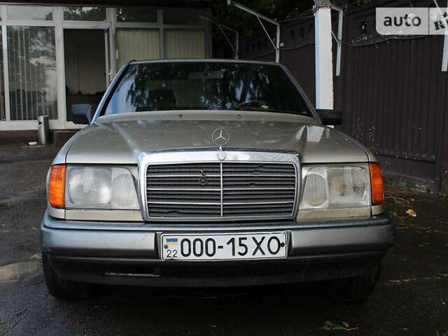 Мерседес Е 300, об'ємом двигуна 0 л та пробігом 286 тис. км за 2999 $, фото 1 на Automoto.ua