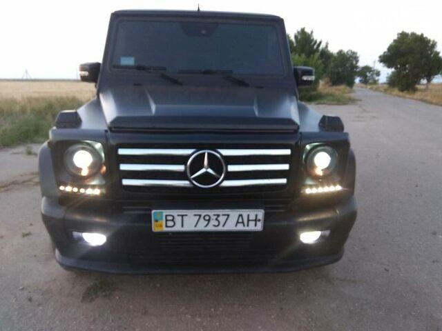 Черный Мерседес Г 400, объемом двигателя 4 л и пробегом 160 тыс. км за 30000 $, фото 1 на Automoto.ua