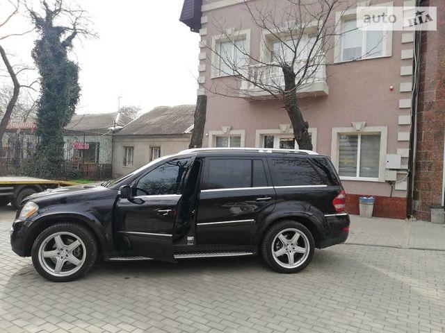 Чорний Мерседес ГЛ 550, об'ємом двигуна 5.5 л та пробігом 254 тис. км за 25000 $, фото 1 на Automoto.ua