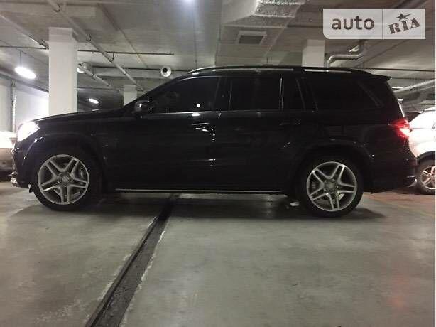 Чорний Мерседес ГЛ 63 АМГ, об'ємом двигуна 5 л та пробігом 73 тис. км за 57900 $, фото 1 на Automoto.ua