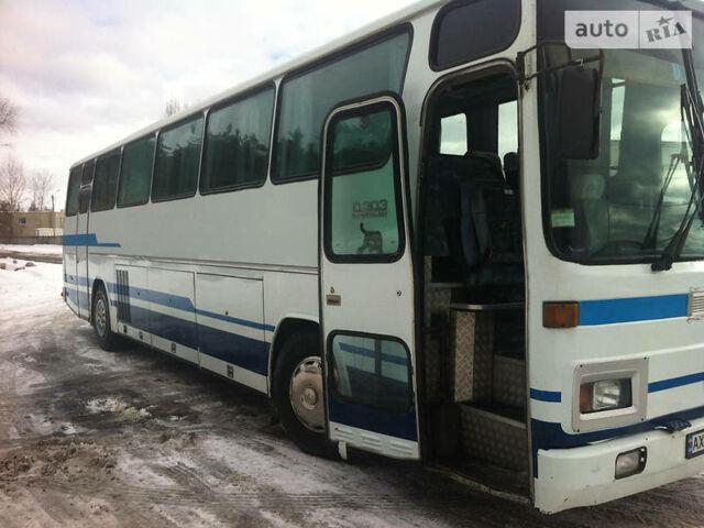 Белый Мерседес О 303, объемом двигателя 0 л и пробегом 500 тыс. км за 11000 $, фото 1 на Automoto.ua