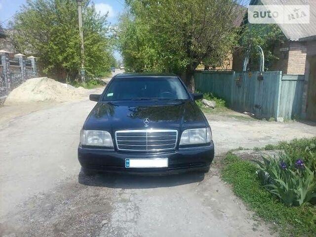 Чорний Мерседес С 140, об'ємом двигуна 3.2 л та пробігом 250 тис. км за 5200 $, фото 1 на Automoto.ua