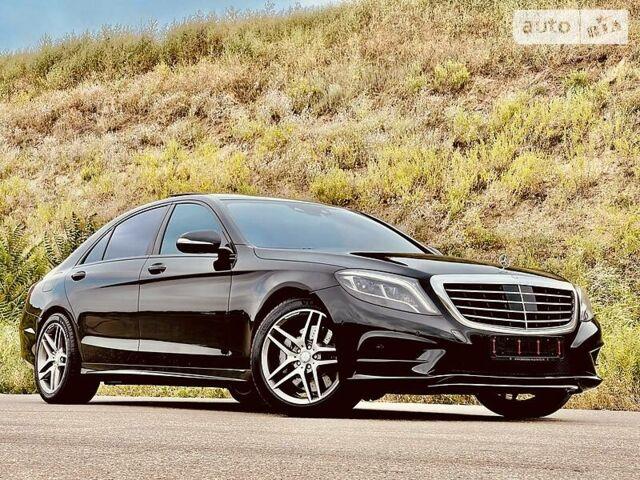 Чорний Мерседес С 350, об'ємом двигуна 3 л та пробігом 145 тис. км за 64500 $, фото 1 на Automoto.ua