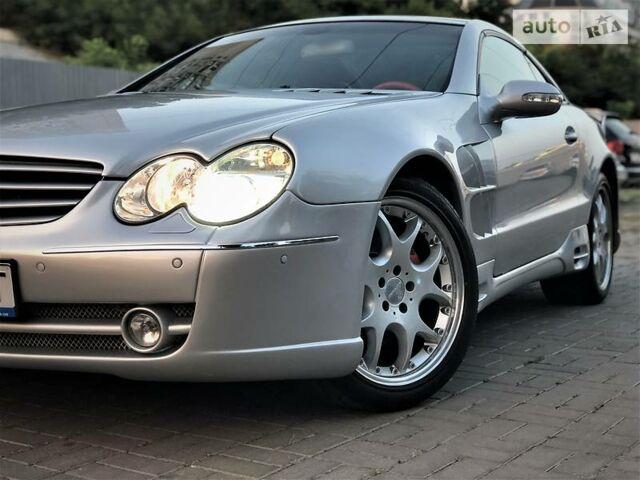 Срібний Мерседес СЛ 500, об'ємом двигуна 5 л та пробігом 80 тис. км за 19000 $, фото 1 на Automoto.ua