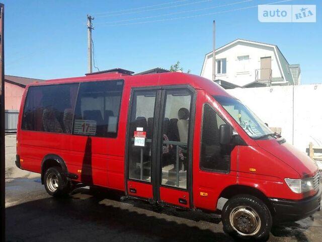 Червоний Мерседес Спрінтер 412 пас., об'ємом двигуна 2.9 л та пробігом 860 тис. км за 13000 $, фото 1 на Automoto.ua