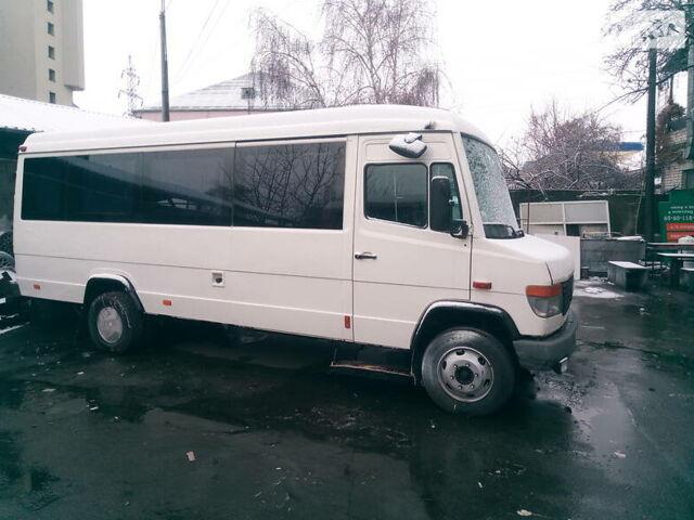 Белый Мерседес T2 814 пасс, объемом двигателя 0 л и пробегом 400 тыс. км за 9500 $, фото 1 на Automoto.ua