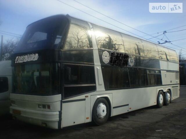 Белый Неоплан N 122, объемом двигателя 14.62 л и пробегом 791 тыс. км за 14999 $, фото 1 на Automoto.ua