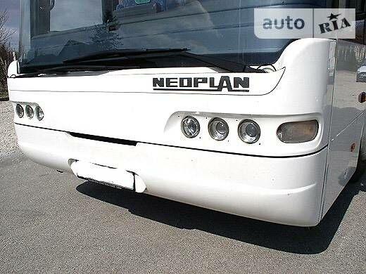 Белый Неоплан Н 313, объемом двигателя 12 л и пробегом 950 тыс. км за 50000 $, фото 1 на Automoto.ua