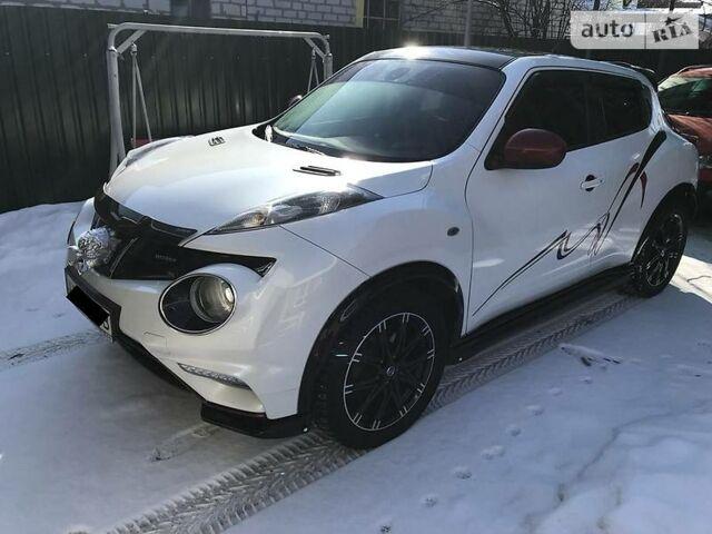 Белый Ниссан Жук Нисмо, объемом двигателя 1.6 л и пробегом 77 тыс. км за 22000 $, фото 1 на Automoto.ua