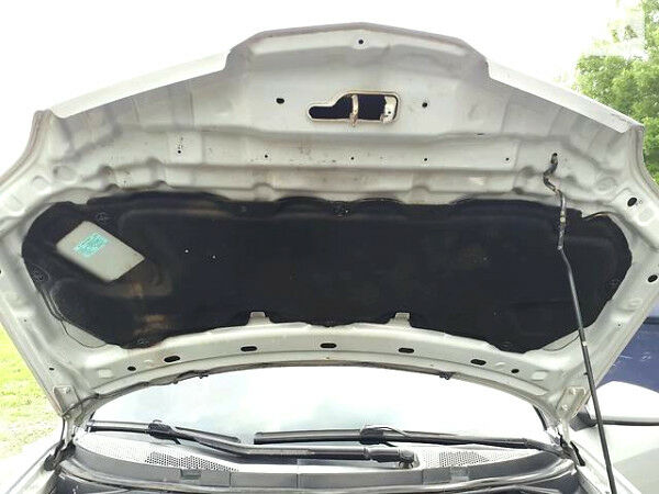 Сірий Ніссан Прімера, об'ємом двигуна 0 л та пробігом 276 тис. км за 5850 $, фото 1 на Automoto.ua