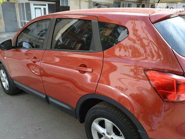 Красный Ниссан Кашкай, объемом двигателя 1.6 л и пробегом 132 тыс. км за 9399 $, фото 1 на Automoto.ua