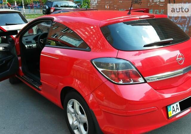 Червоний Опель Астра ГТЦ, об'ємом двигуна 1.6 л та пробігом 177 тис. км за 6999 $, фото 1 на Automoto.ua