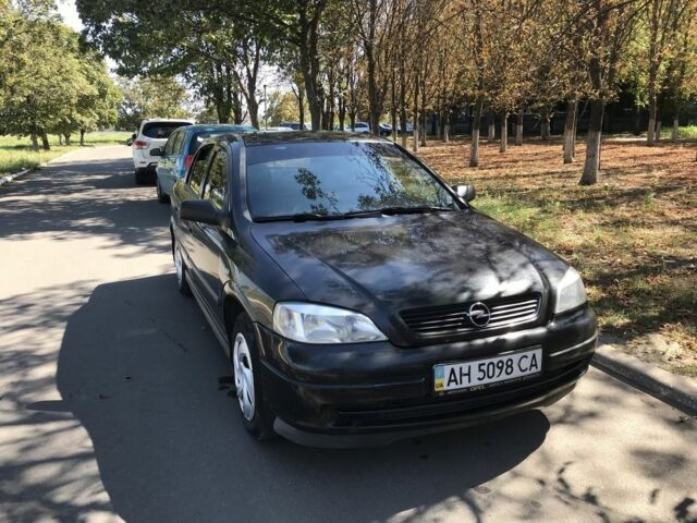 Черный Опель Астра, объемом двигателя 1.4 л и пробегом 207 тыс. км за 4500 $, фото 1 на Automoto.ua
