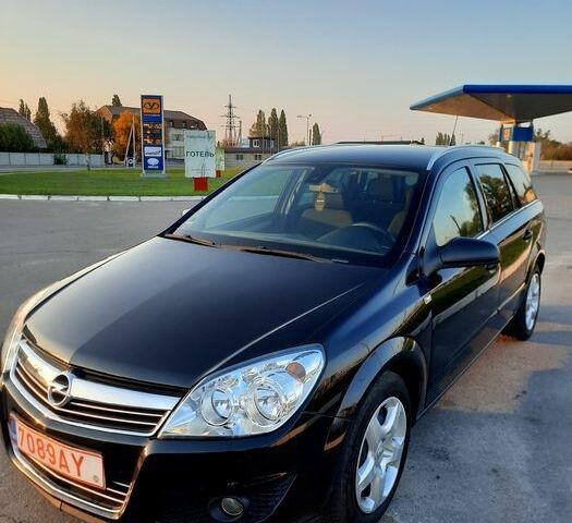 Черный Опель Астра, объемом двигателя 1.9 л и пробегом 206 тыс. км за 6500 $, фото 1 на Automoto.ua