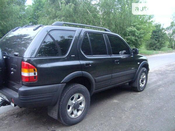 Чорний Опель Фронтера, об'ємом двигуна 3.2 л та пробігом 220 тис. км за 6500 $, фото 1 на Automoto.ua