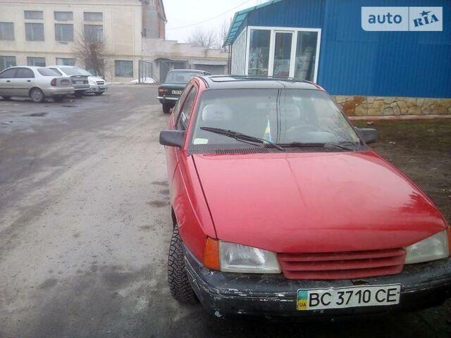 Красный Опель Кадет, объемом двигателя 1.3 л и пробегом 111 тыс. км за 1300 $, фото 1 на Automoto.ua