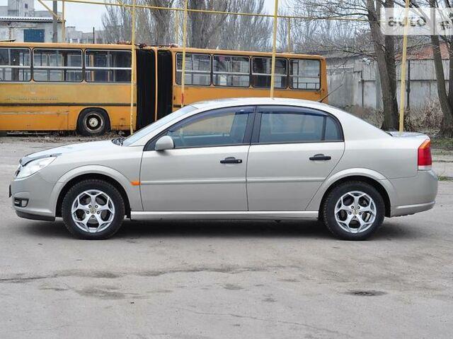 Серый Опель Вектра С, объемом двигателя 1.8 л и пробегом 150 тыс. км за 6700 $, фото 1 на Automoto.ua