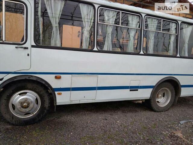 Белый ПАЗ 32054, объемом двигателя 4.7 л и пробегом 2 тыс. км за 9000 $, фото 1 на Automoto.ua