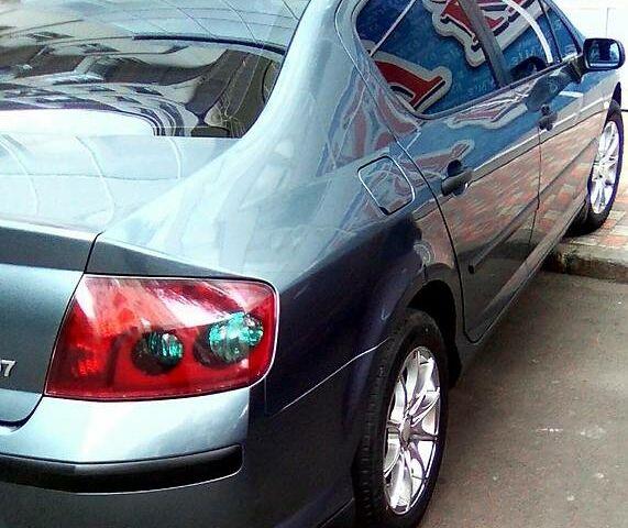 Зелений Пежо 407, об'ємом двигуна 0 л та пробігом 215 тис. км за 6500 $, фото 1 на Automoto.ua