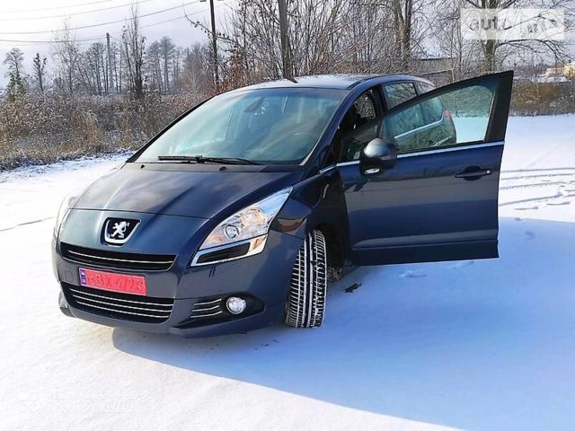 Синій Пежо 5008, об'ємом двигуна 1.6 л та пробігом 202 тис. км за 8999 $, фото 1 на Automoto.ua