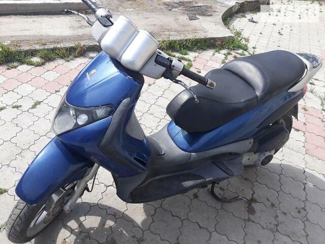 Синій Піаджо Beverly, об'ємом двигуна 0.2 л та пробігом 15 тис. км за 670 $, фото 1 на Automoto.ua