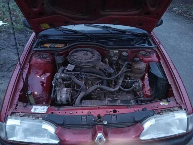 Красный Рено 19, объемом двигателя 1.4 л и пробегом 271 тыс. км за 2350 $, фото 1 на Automoto.ua
