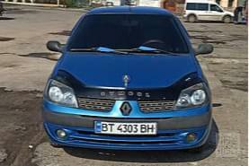 Синий Рено Клио, объемом двигателя 1.4 л и пробегом 185 тыс. км за 3800 $, фото 1 на Automoto.ua