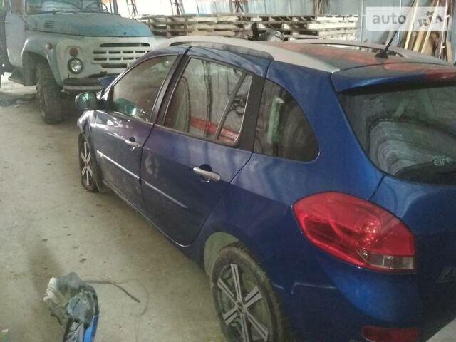 Синій Рено Кліо, об'ємом двигуна 1.5 л та пробігом 127 тис. км за 2600 $, фото 1 на Automoto.ua