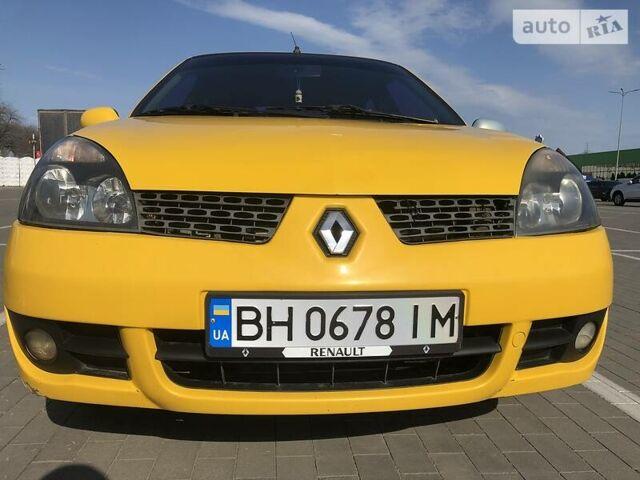 Оранжевый Рено Клио, объемом двигателя 1.4 л и пробегом 262 тыс. км за 3800 $, фото 1 на Automoto.ua