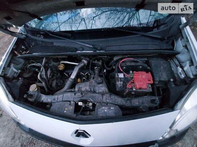 Белый Рено Кенгу груз., объемом двигателя 1.5 л и пробегом 182 тыс. км за 5200 $, фото 1 на Automoto.ua