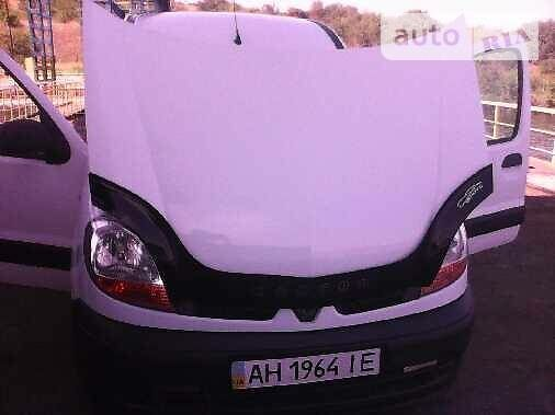 Белый Рено Кенгу пасс., объемом двигателя 0 л и пробегом 170 тыс. км за 5900 $, фото 1 на Automoto.ua