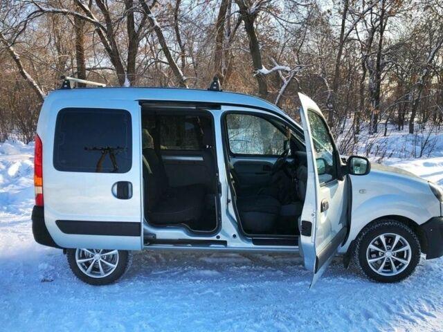 Серый Рено Кенгу пасс., объемом двигателя 1.5 л и пробегом 156 тыс. км за 1699 $, фото 1 на Automoto.ua