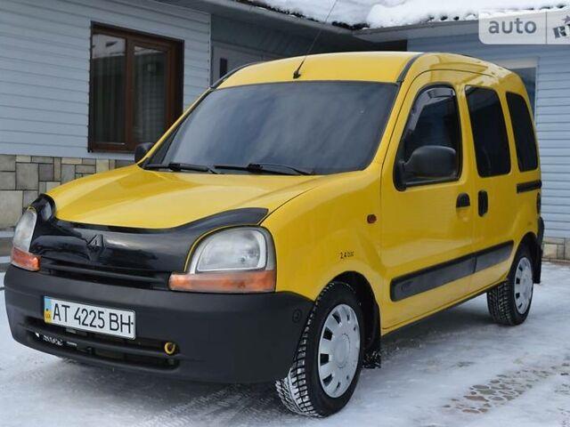 Желтый Рено Кенгу пасс., объемом двигателя 1.9 л и пробегом 250 тыс. км за 4400 $, фото 1 на Automoto.ua