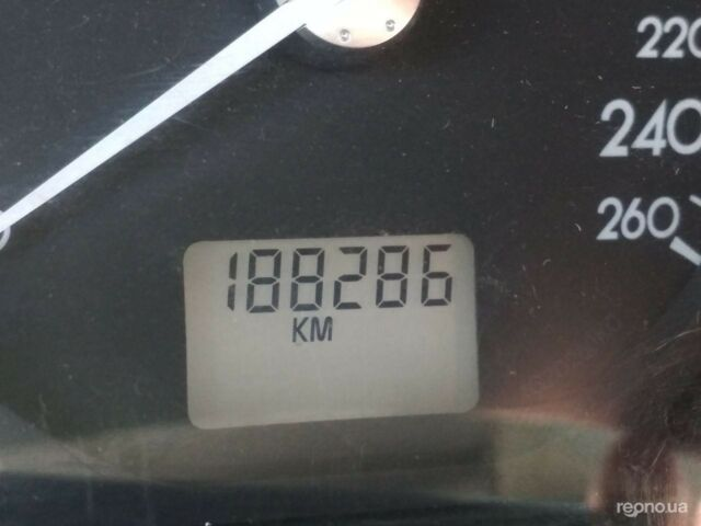 Сірий Рено Лагуна, об'ємом двигуна 1.8 л та пробігом 188 тис. км за 3900 $, фото 1 на Automoto.ua