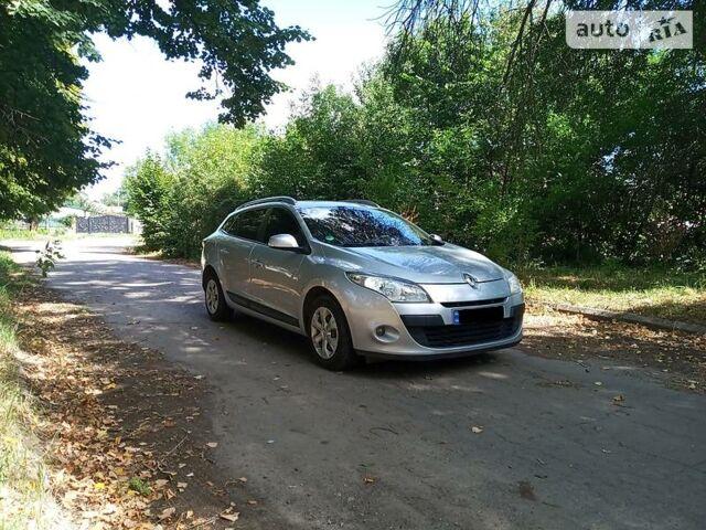 Серый Рено Меган, объемом двигателя 1.5 л и пробегом 270 тыс. км за 6850 $, фото 1 на Automoto.ua