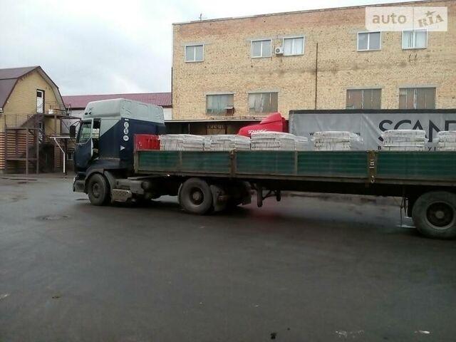 Серый Рено Премиум, объемом двигателя 0 л и пробегом 999 тыс. км за 8000 $, фото 1 на Automoto.ua