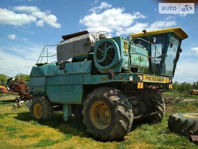 Зеленый Ростсельмаш Дон 1500Б, объемом двигателя 0 л и пробегом 2 тыс. км за 6500 $, фото 1 на Automoto.ua