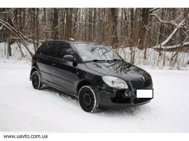 Черный Шкода Фабия, объемом двигателя 1.2 л и пробегом 130 тыс. км за 4878 $, фото 1 на Automoto.ua