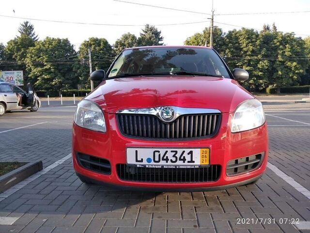 Красный Шкода Фабия, объемом двигателя 1.2 л и пробегом 150 тыс. км за 5250 $, фото 1 на Automoto.ua