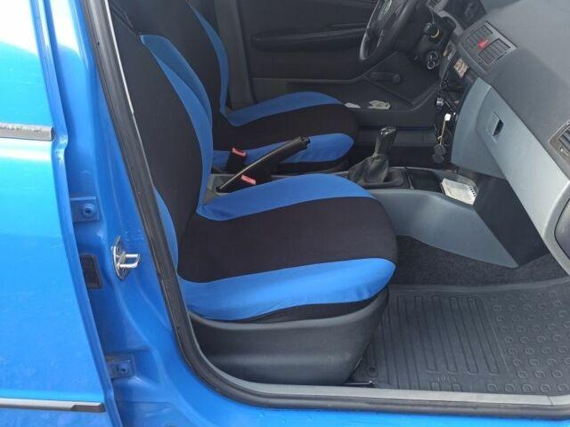 Синий Шкода Фабия, объемом двигателя 1.2 л и пробегом 150 тыс. км за 4550 $, фото 1 на Automoto.ua
