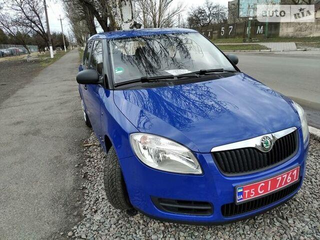 Синий Шкода Фабия, объемом двигателя 0 л и пробегом 133 тыс. км за 4900 $, фото 1 на Automoto.ua