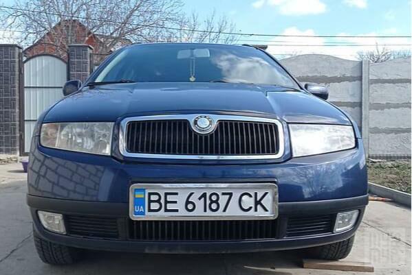 Синий Шкода Фабия, объемом двигателя 1.4 л и пробегом 277 тыс. км за 4200 $, фото 1 на Automoto.ua