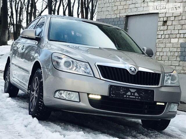 Серый Шкода Октавия, объемом двигателя 1.8 л и пробегом 93 тыс. км за 10950 $, фото 1 на Automoto.ua