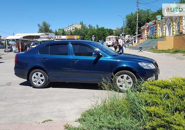 Синій Шкода Октавія, об'ємом двигуна 1.8 л та пробігом 99 тис. км за 10900 $, фото 1 на Automoto.ua